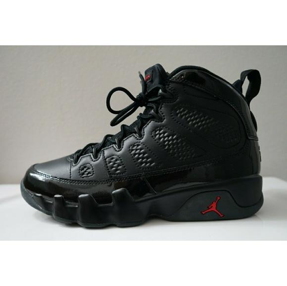 a309221a84d10 Jordan Other - Air Jordan 9 Retro black red used size 9